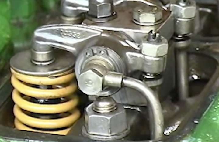 How to Adjust Valves