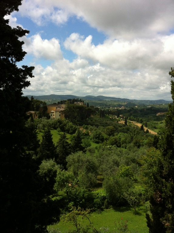 View of the enchanting Tuscan countryside that one can admire from a window of the last residence of Galilei