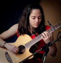 Earth Room Concerts presents Shawna Caspi, with Efrat Shapira opening