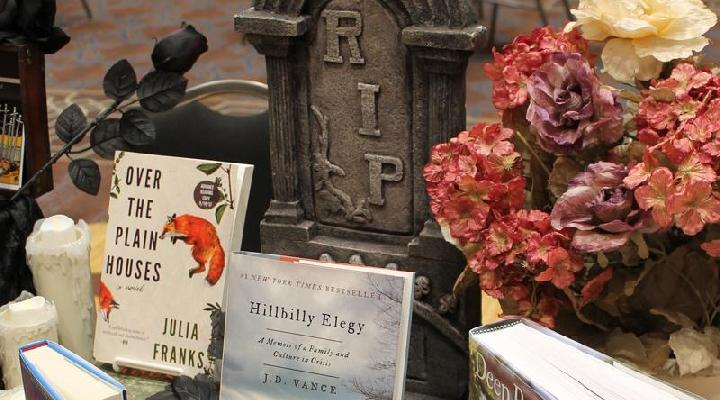 The Southern Book Prize Table Display Contest ~ Winner