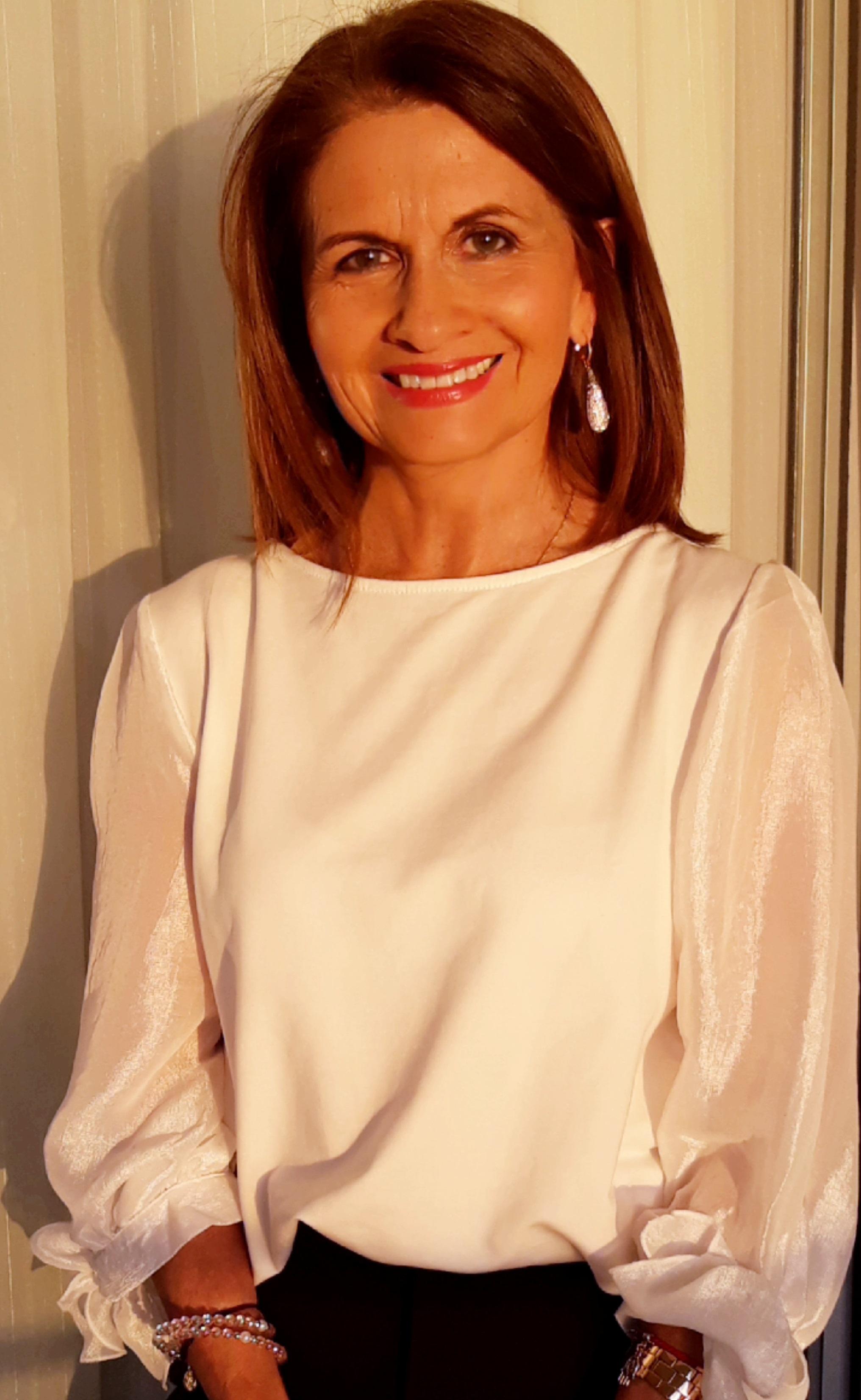 Nelly Villarroel