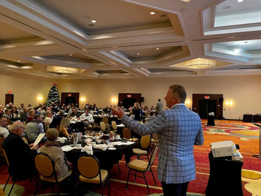 Conference auctioneer