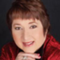 Donna R Evans