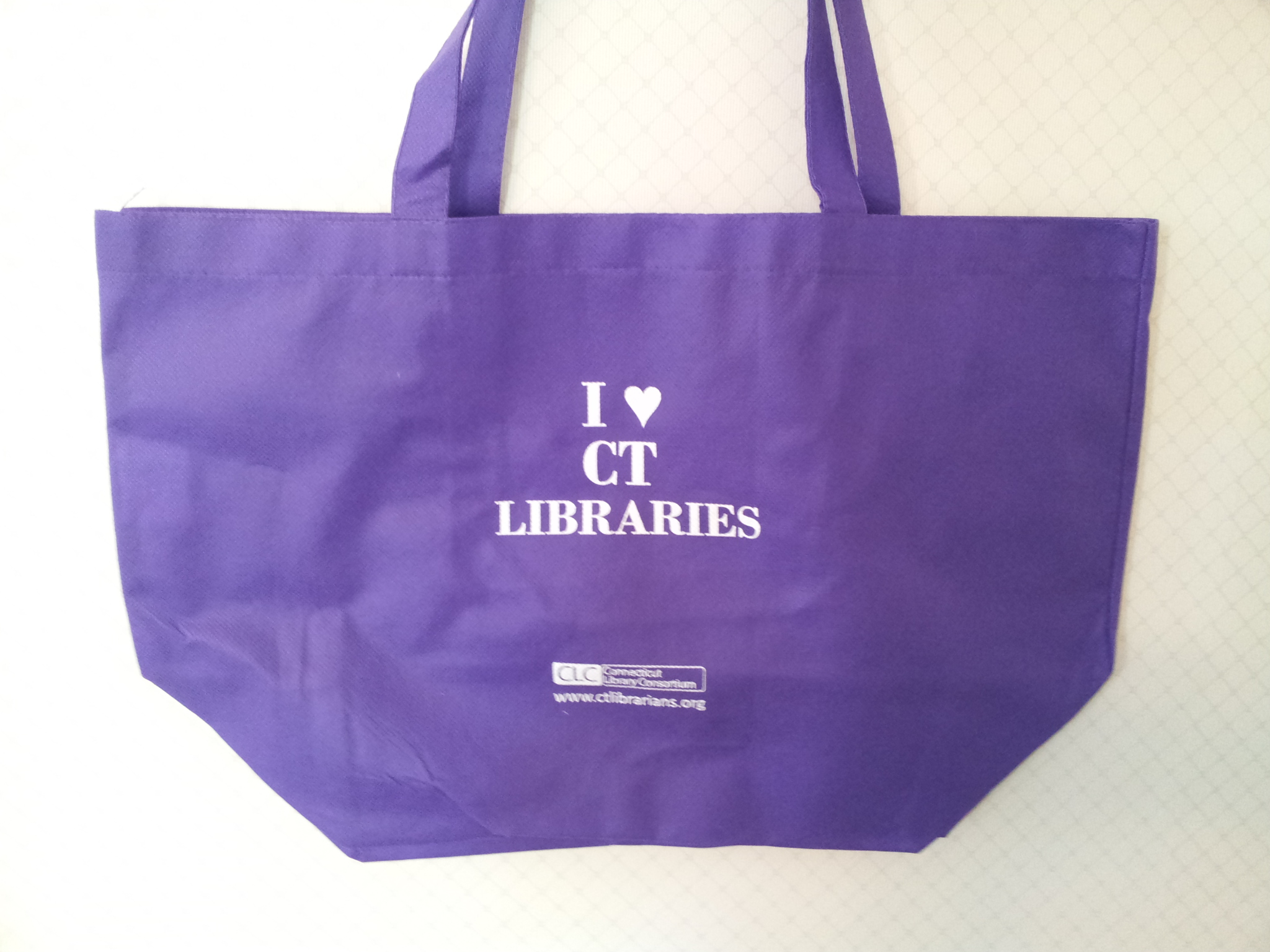 I love CT Libraries purple bag