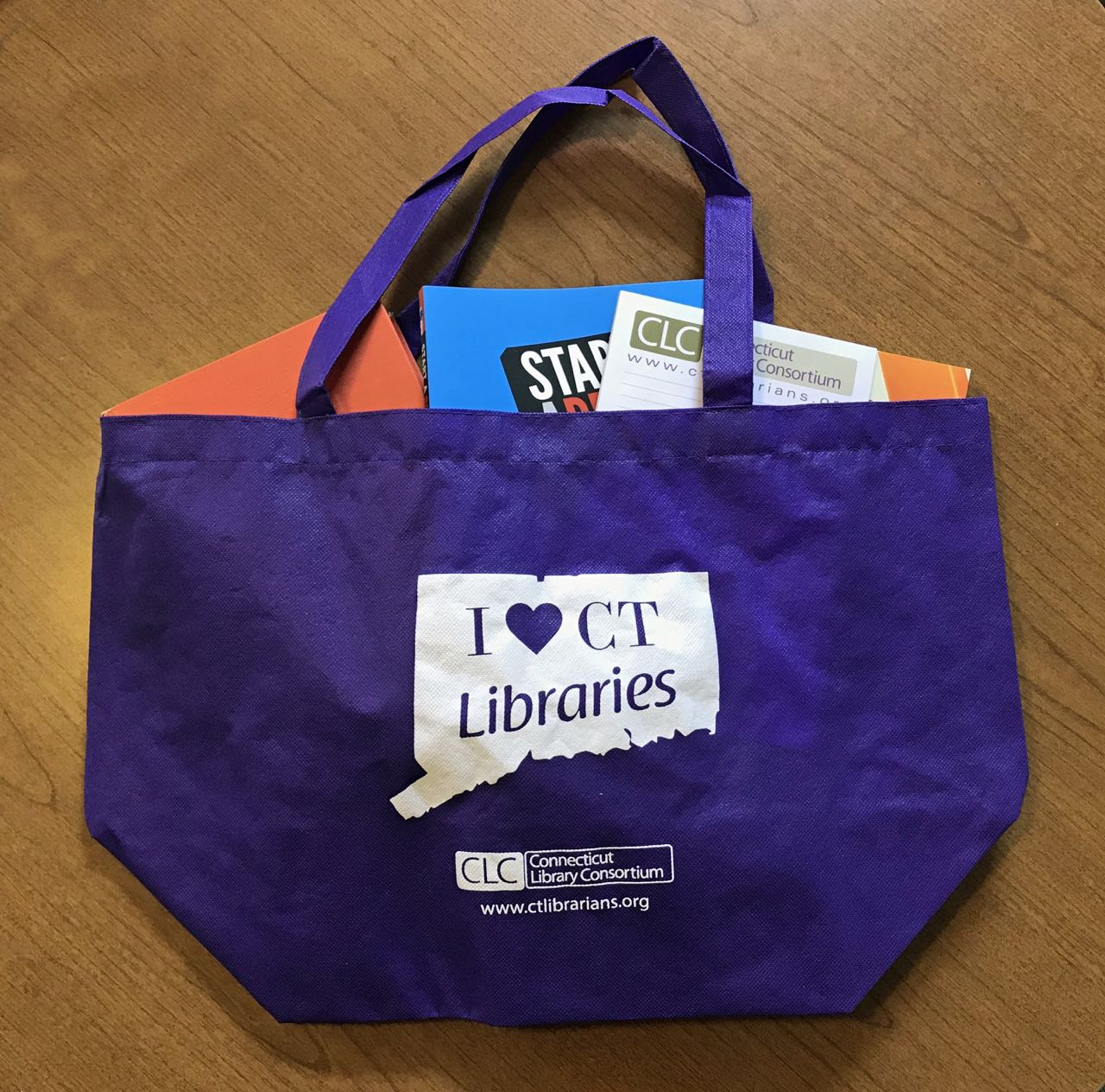 tote with books