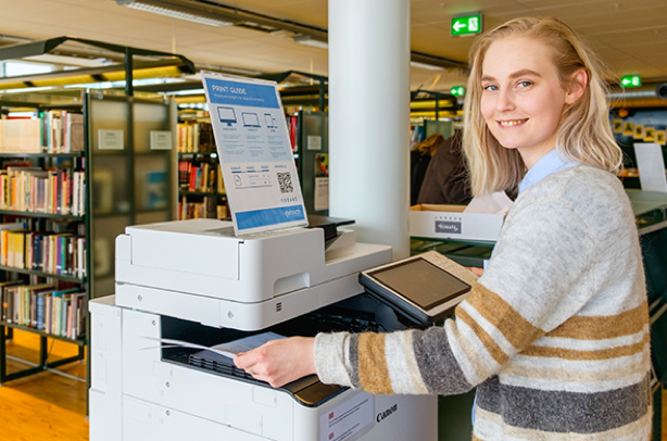 happy person printing