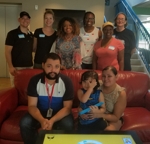 Ronald McDonald House Lunch - group - pic