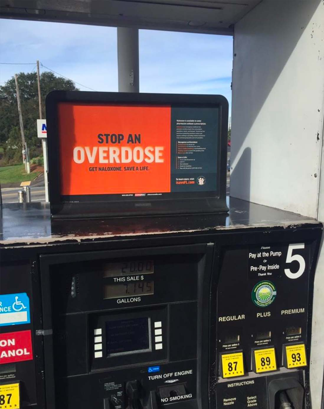 Gas Station Advert - Stop an Overdose Get Naloxone