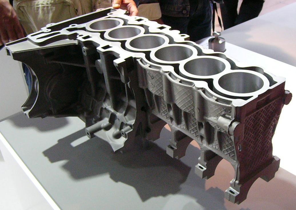 BMW-6-cylinder-block