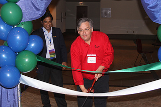 Dennis Ross - Ribbon cutting