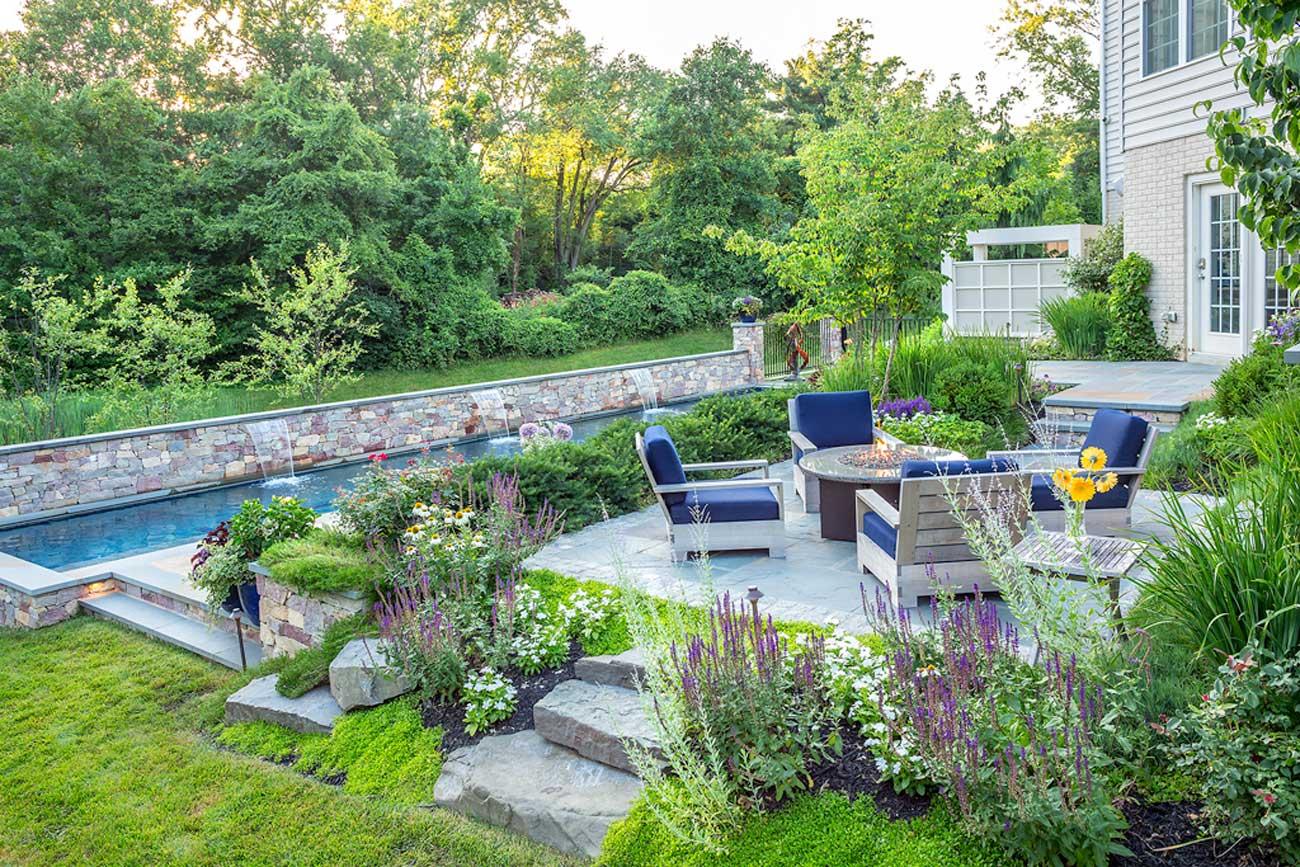 Landscape contractors elegant outdoor living area for Landscape contractors