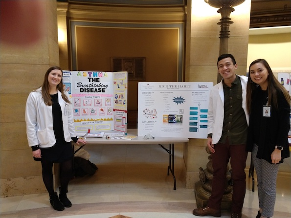 Student Pharmacists share information about asthma