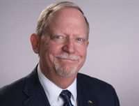 ABA President Bob Carlson