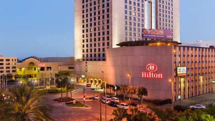 · Now $87 (Was $̶1̶0̶5̶) on TripAdvisor: Holiday Inn Airport & Fair/Expo Center, Louisville. See traveler reviews, 64 candid photos, and great deals for Holiday Inn Airport & Fair/Expo Center, ranked #64 of hotels in Louisville and rated 4 of 5 at TripAdvisor.
