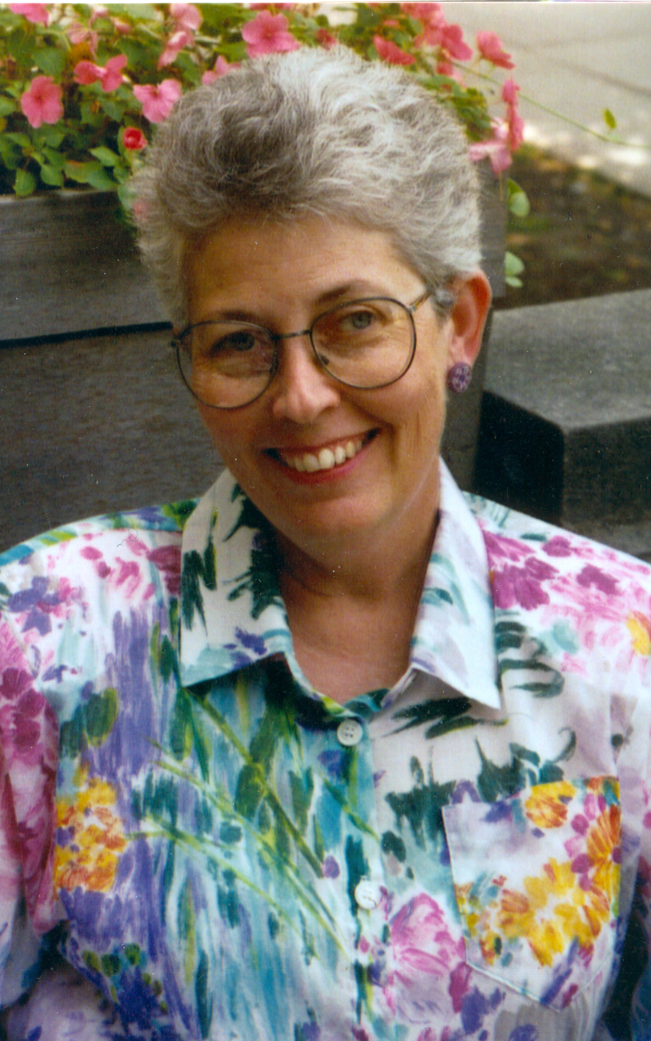 Photo of Louise Robbins