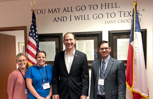 Sen. Charles Schwertner meets with H-E-B pharmacists